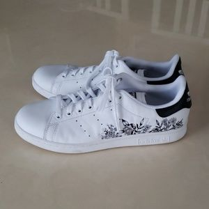 Adidas Stan Smith floral sneakers 10.5